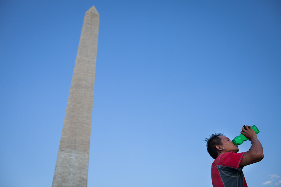 Lon Phan spends the afternoon landboarding in front of the Washington Monument, in Washington D.C. on Saturday, June 9, 2012. He says the sport is more popular in Europe and that there are only a few people in America who landboard. (Photo by Benjamin B. Morris ©2012)